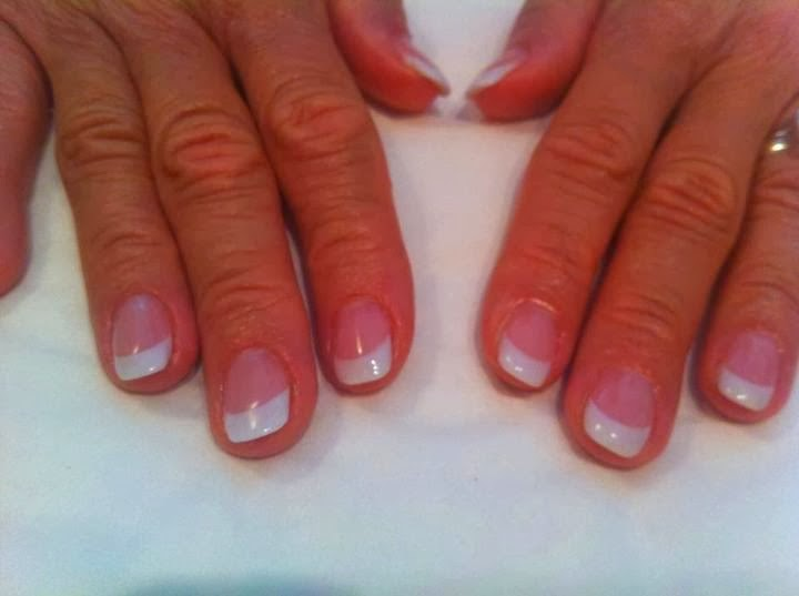 Classic French Pink & White Gel Polish Manicure - clean & simplistic