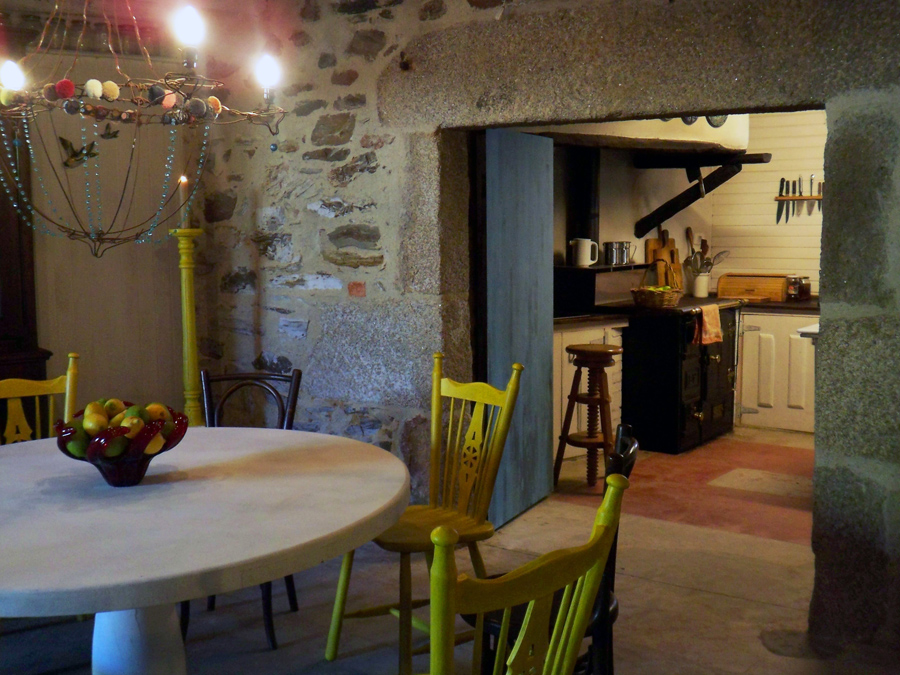 Galicia cool magazine casa de campo en ourense por oito - Interiores casa de campo ...