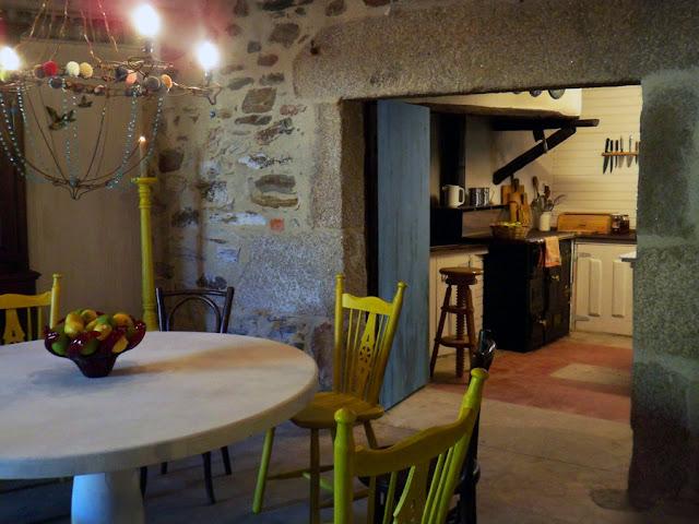 Galicia cool magazine casa de campo en ourense por oito - Casas de campo en galicia ...