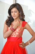 Vithika Sheru glamorous Photo shoot-thumbnail-14