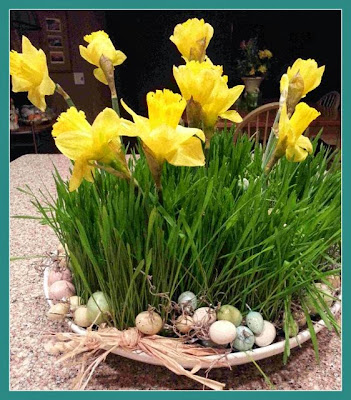 Easy Thrifty Easter centerpiece