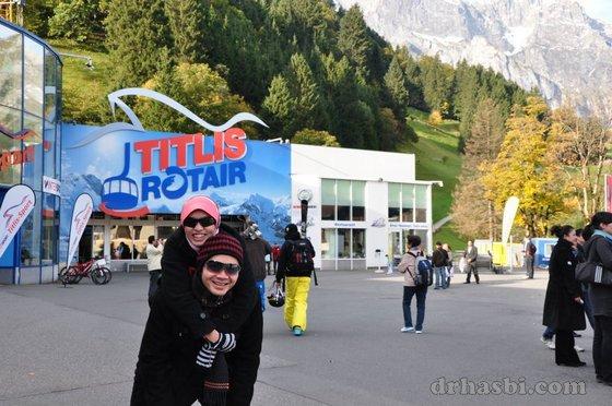 Melancong ke Mount Titlis Switzerland bersama Adibah Karimah