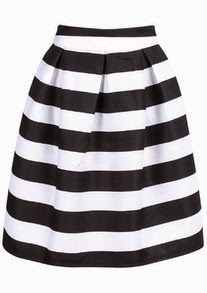 http://www.sheinside.com/Black-Striped-Knee-Length-Skirt-p-196406-cat-1732.html?utm_source=julietsthreads.blogspot.jp&utm_medium=blogger&url_from=julietsthreads.blogspot.jp