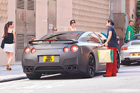 Walk Towards The Future Aaron Kwok With His Cba R35
