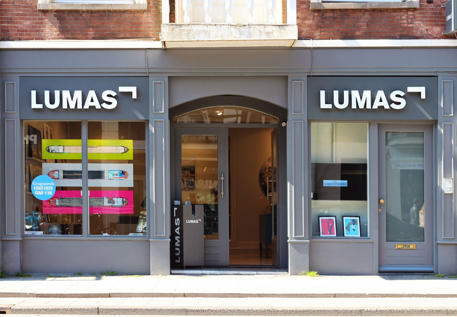 lumas gallery amsterdam art hotspot
