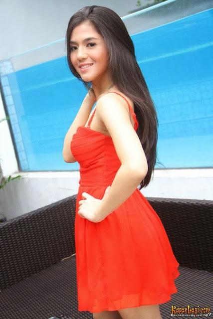 Putri Una ( DJ UNA Dahsyat )