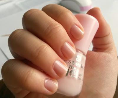 05 sweet as candy, essence gel nail polish