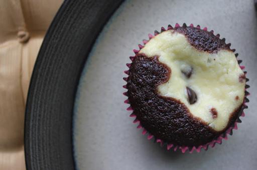 Squirrels-n-Sweets: Black Bottom Cupcakes (again!)