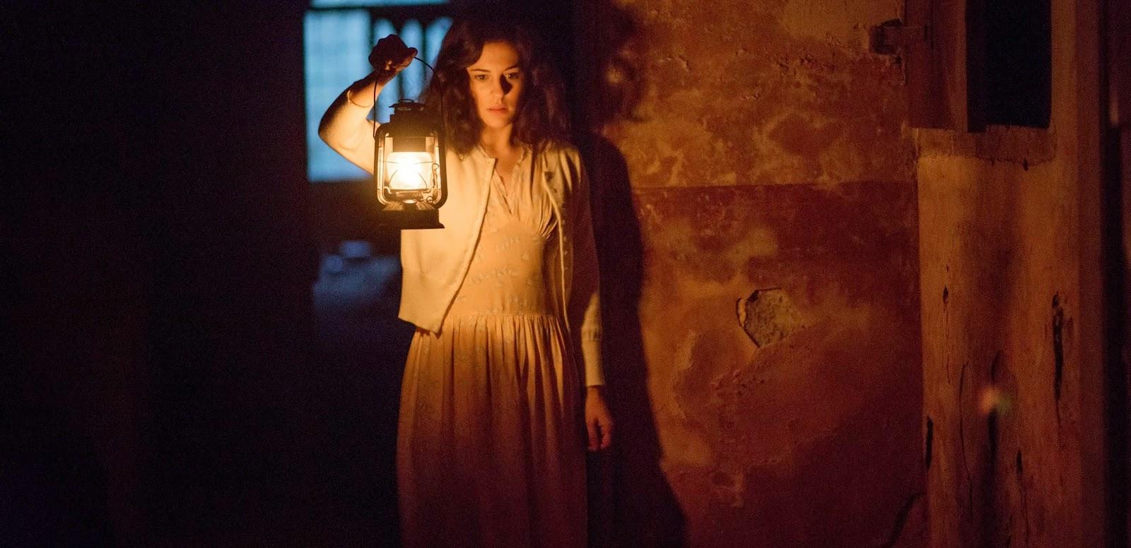 Trailer dublado e pôster nacional da sequência de terror A Mulher de Preto 2 - Anjo da Morte