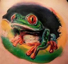 Tatuagem realista de sapo