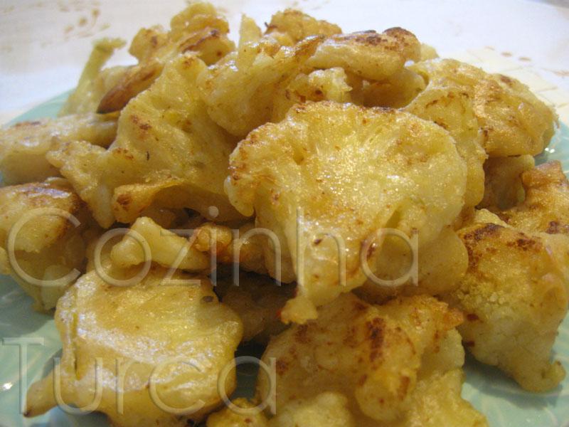 Fritos de Couve-Flor (Karnıbahar Kızartması)