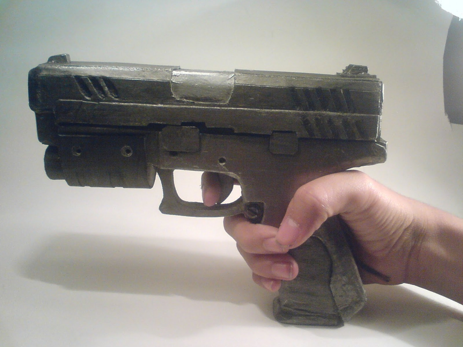 Pistola Blacktail - Resident Evil DSC04525