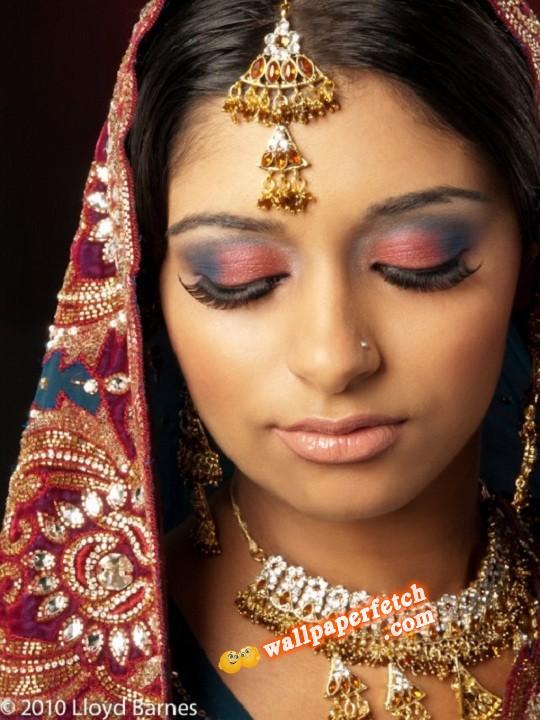 Wallpaper Fetch: Beautiful Bridal Makeup Pictures 2012