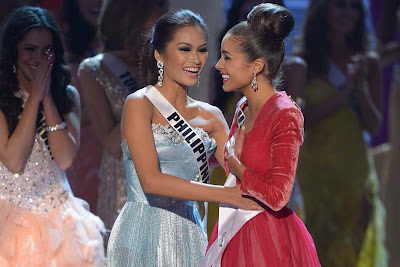 Janine Tugonon and Olivia Culpo after the announcement of Miss Universe winner