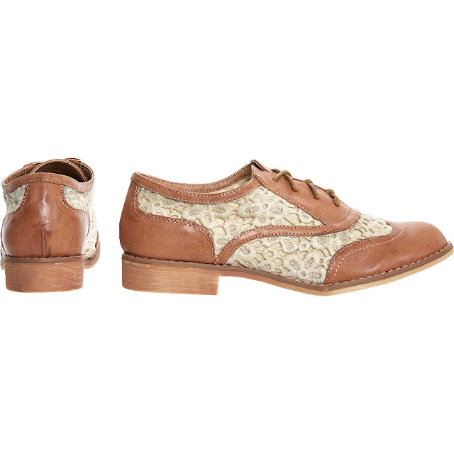 XTI brown and lace trimmed brogues