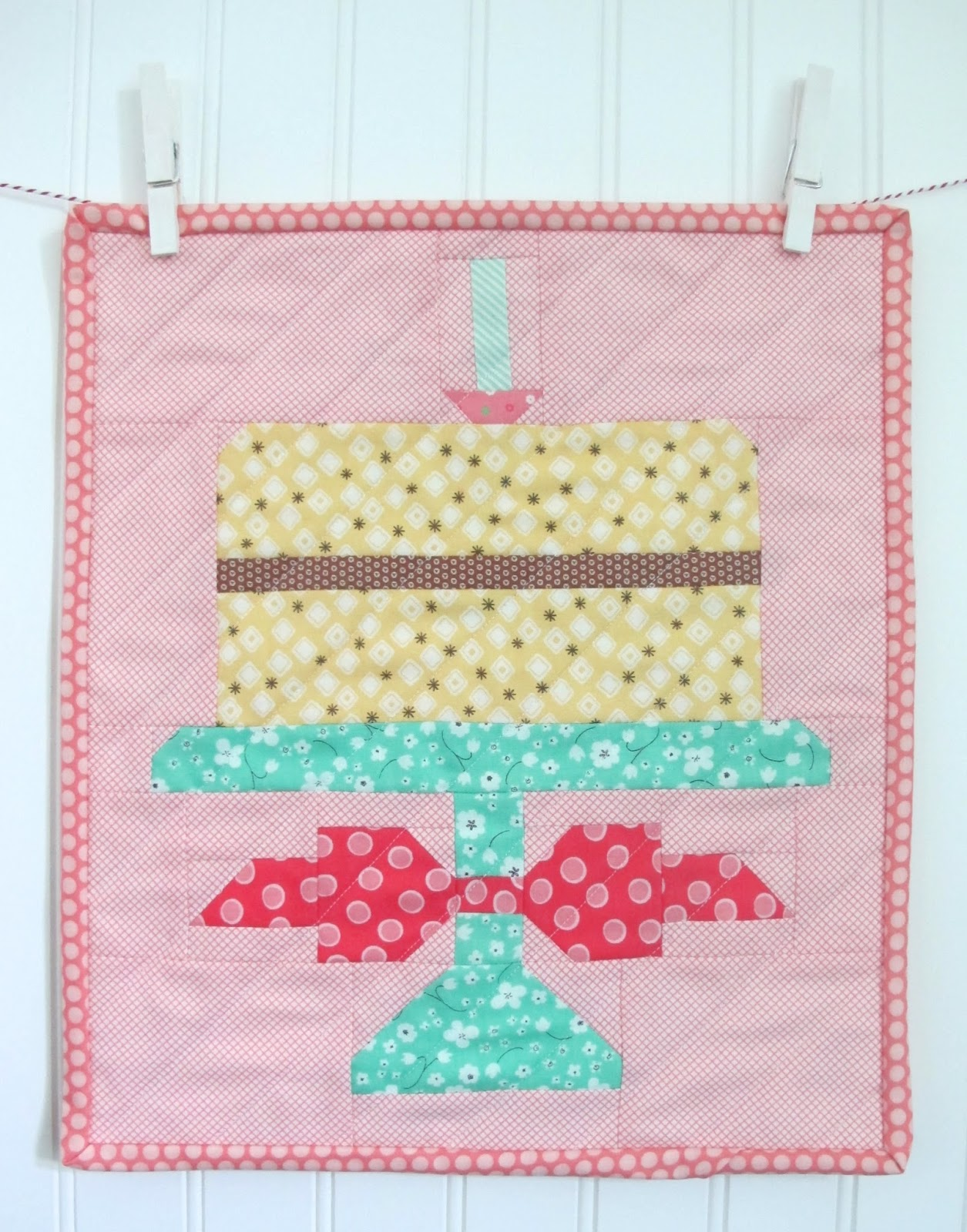 Quilty Fun Is Having A Birthday Party And Youre InvitedFree Cake Pattern From Me To You