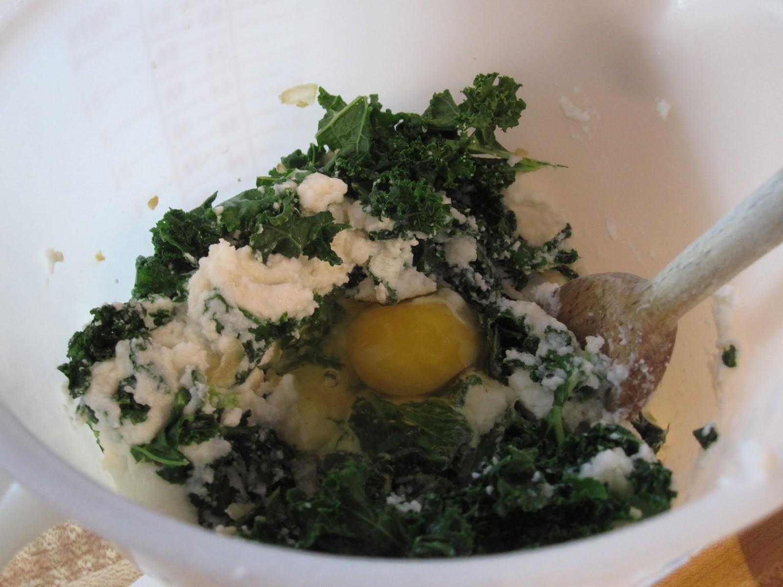Vegetarian and Cooking!: Kale Rigatoni Bake