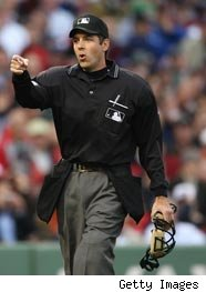 Left Black Hat Shirt Ball Bags Is Today S Classic Professional Umpire Uniform