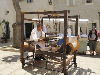 Medieval weaver