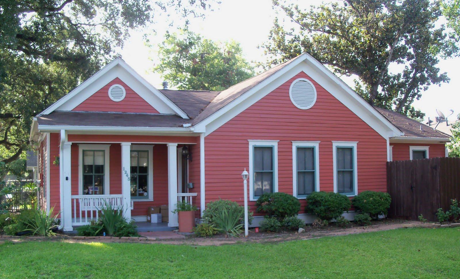 Little pink houses on pinterest pink houses pink and - Como pintar la fachada de mi casa ...