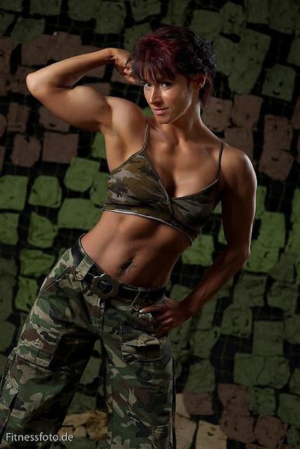 Astrid Lahnstein - Female Fitness Models