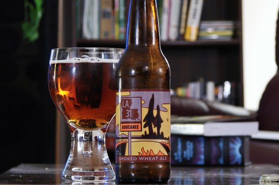 Bayou Teche LA-31 Boucanee Smoked Wheat Beer