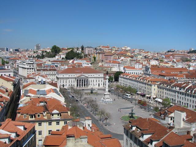 Vistas a la Plaza de Pedro IV de Lisboa