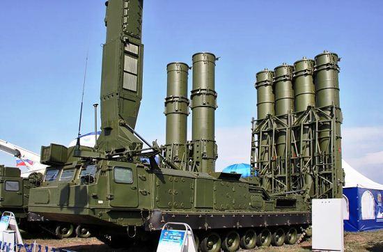Peluncur rudal sistem pertahanan udara S-300VM