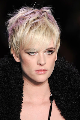 Fall/Winter 2011-2012 Hairstyle Trends-Anna Sui