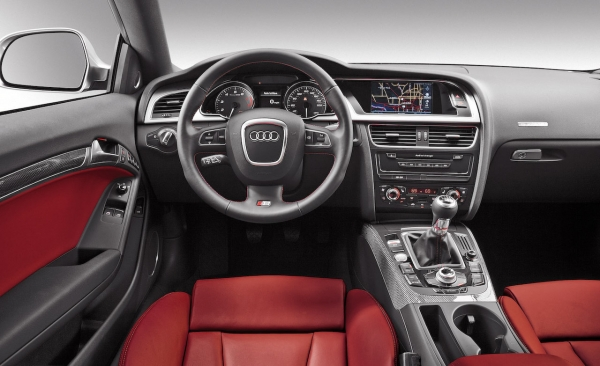 Audi S5 2011 Coupe. 2011 Audi S5 Interior