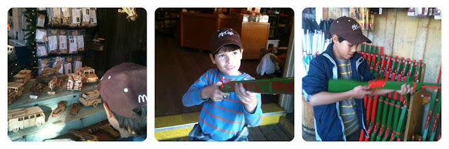 Knott's Berry Farm arts & crafts rifles