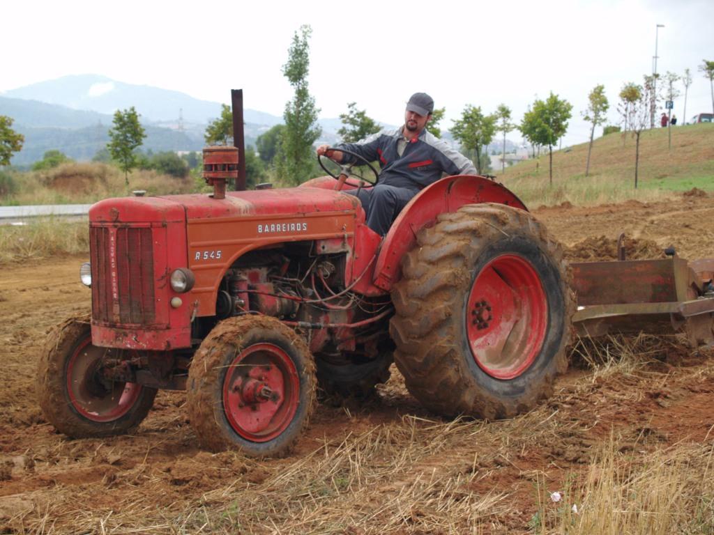 Tractores antiguos - Aperos agricolas antiguos ...