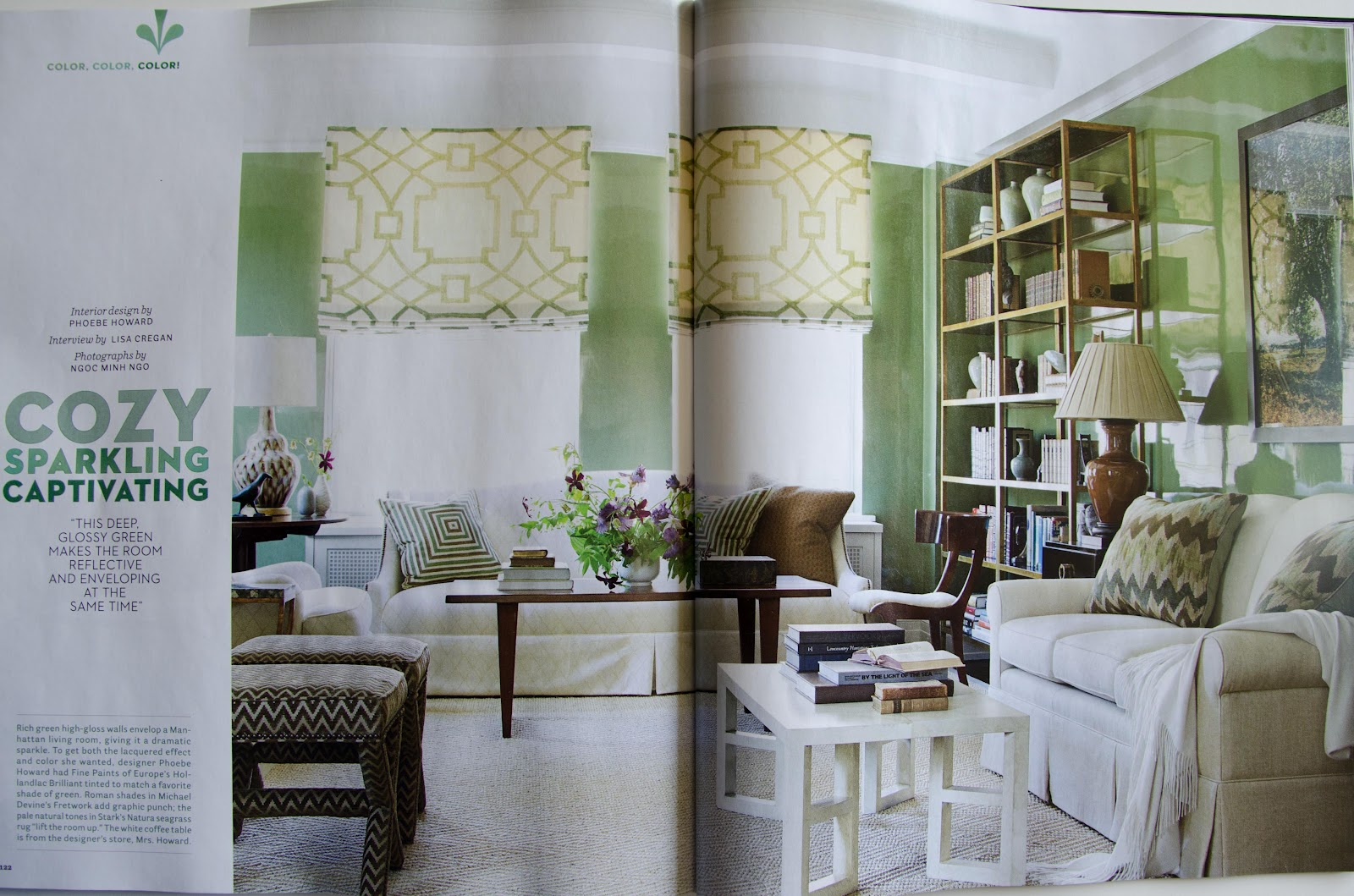 The lacquered walls really add a wow factor to the room. title=