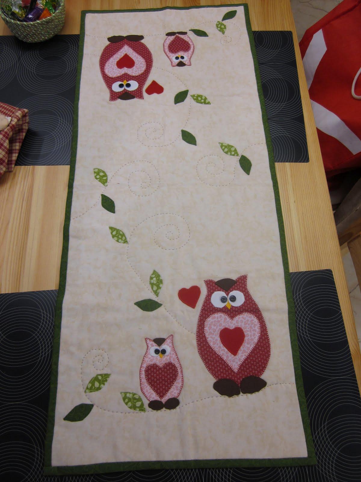 Patchwork de gloria camino de mesa de buhos - Camino mesa patchwork ...