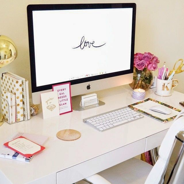 Unique Kate Spade has definitely played a role in the desk fashion department