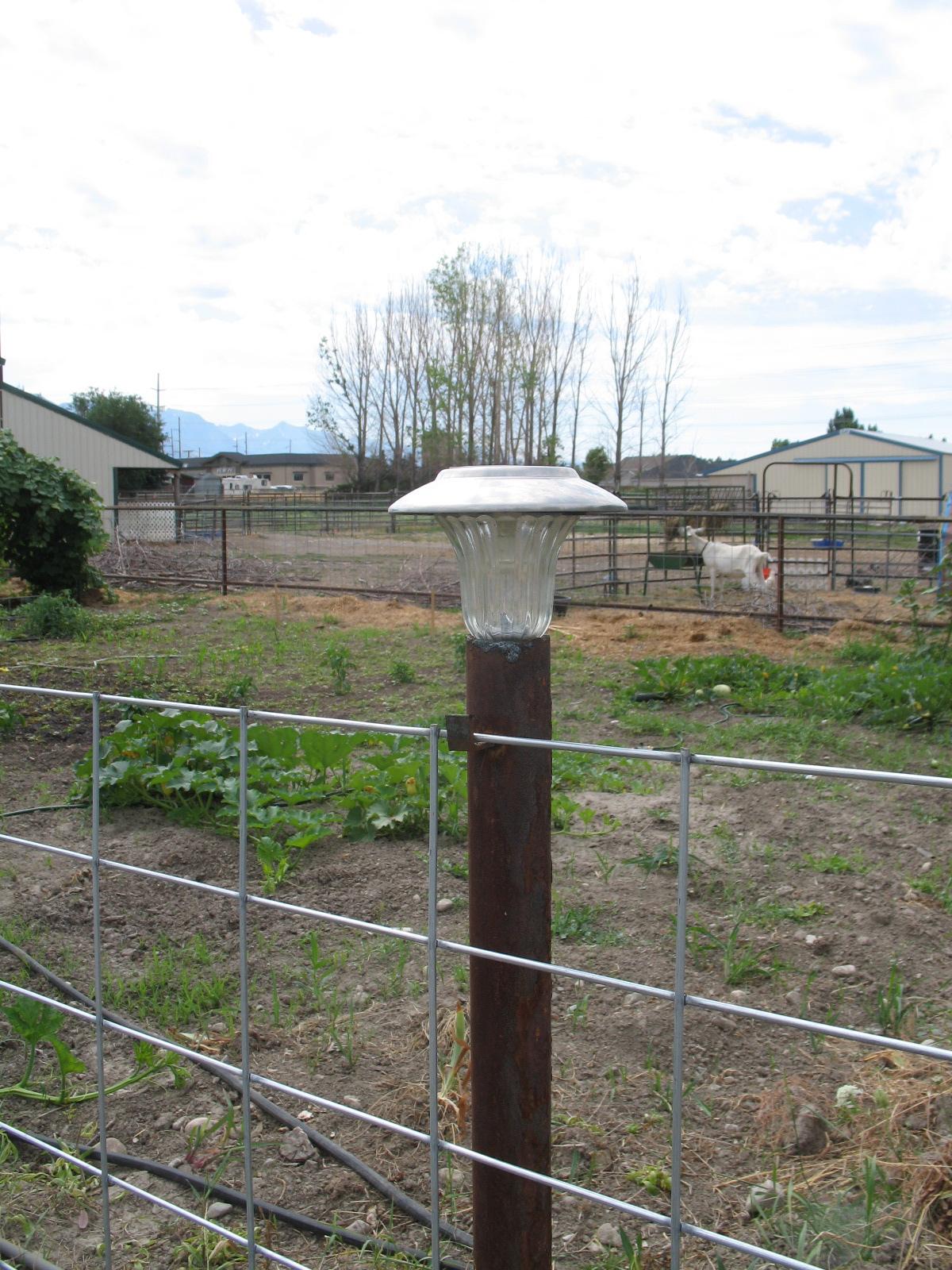 Welcome home farm fencing idea