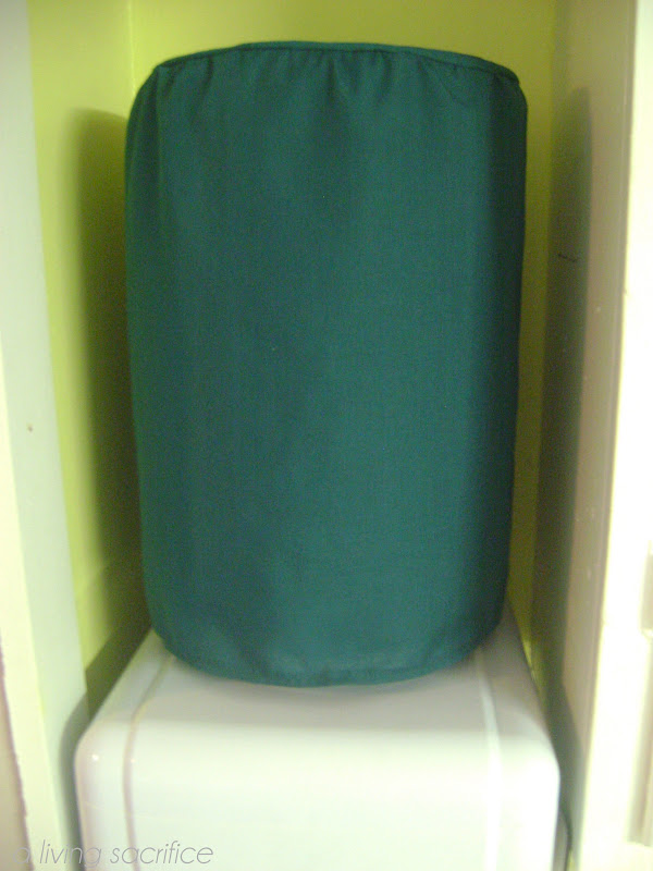 tuesday march 6 - 5 Gallon Water Cooler
