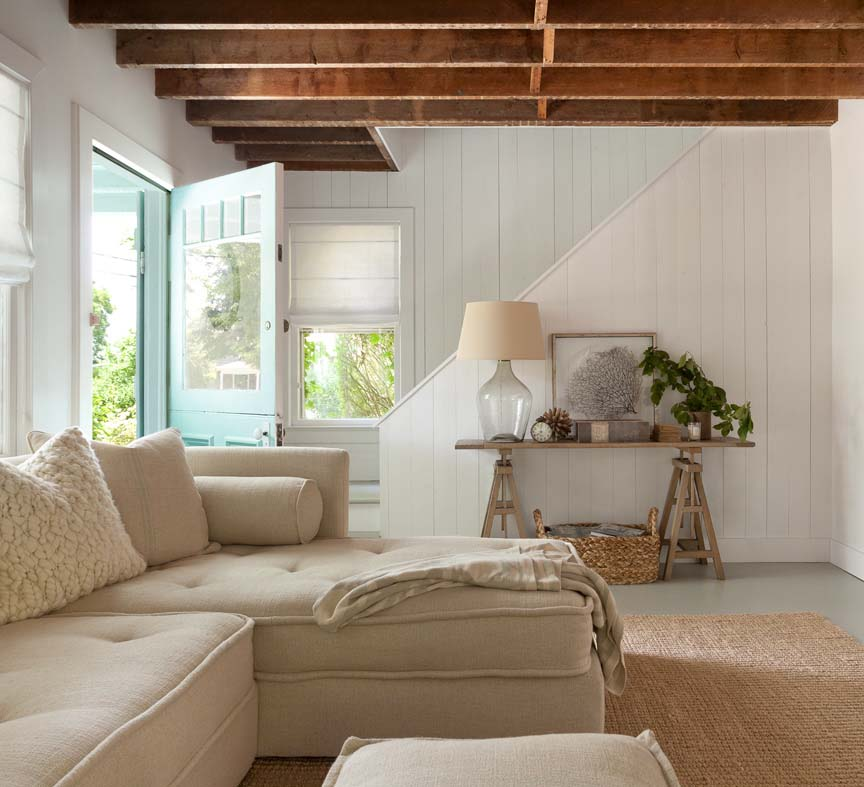 Le blog mademoiselle an airy cottage in the hamptons for Hamptons beach house interior design