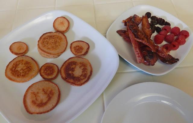 Eggface%2BCinnamon%2BChurro%2BRicotta%2BPancakes%2BReindeer%2BPancakes%2BChristmas%2BBreakfast Weight Loss Recipes Reindeer Ricotta Pancakes