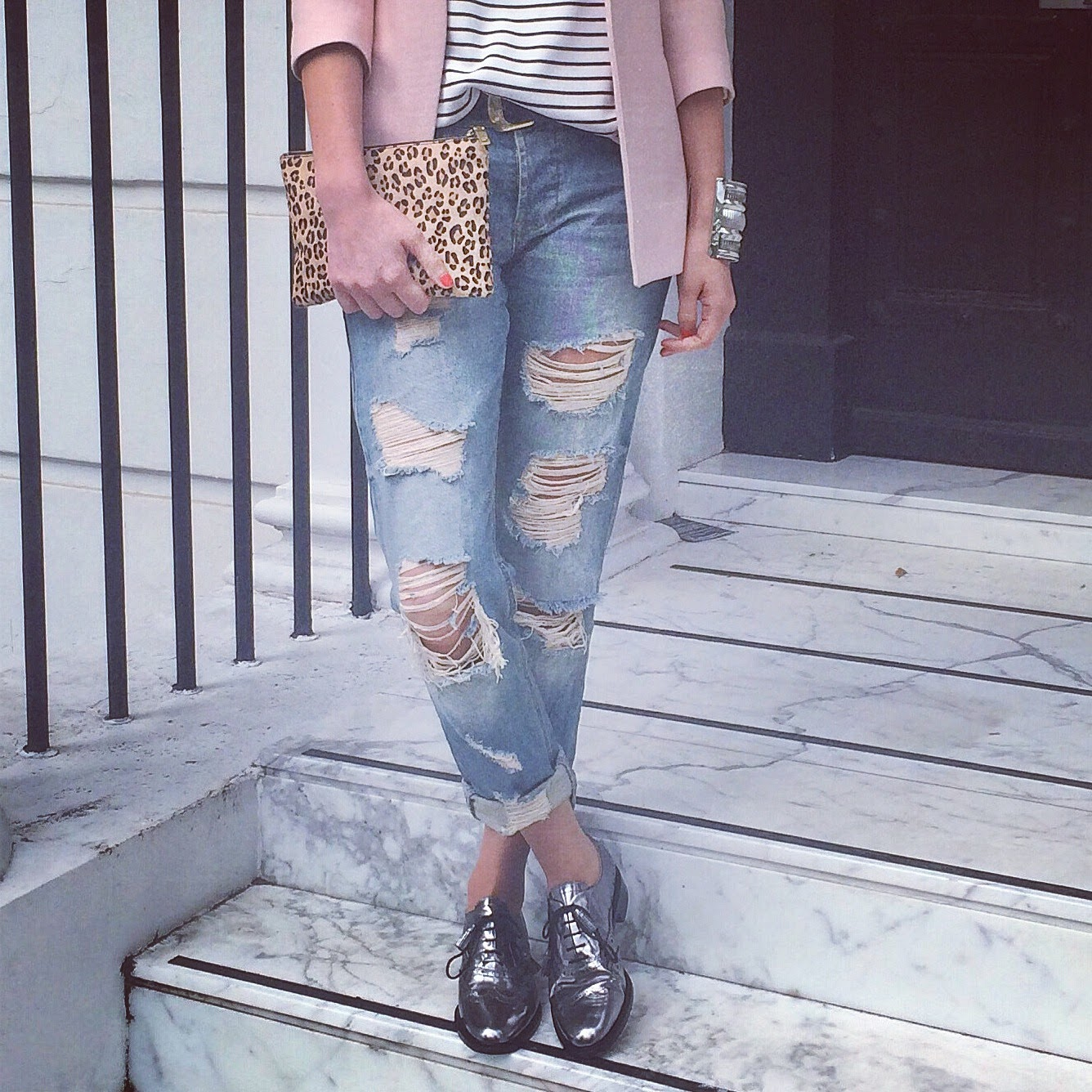 bruges, metallic bruges, hobbs bruges, bruge, asos ripped jeans, asos boyfriend jeans, striped top, breton stripes, pink blazer, blush pink blazer, pink zara blazer, j crew pouch, leopard print pouch