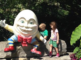 Humpty Dumpty, Storybook Gardens