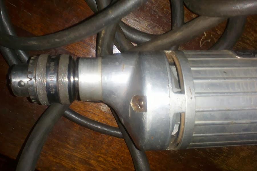 Старая советская электродрель