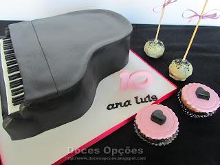 bolo e bolinho festas aniversário musica piano bragança