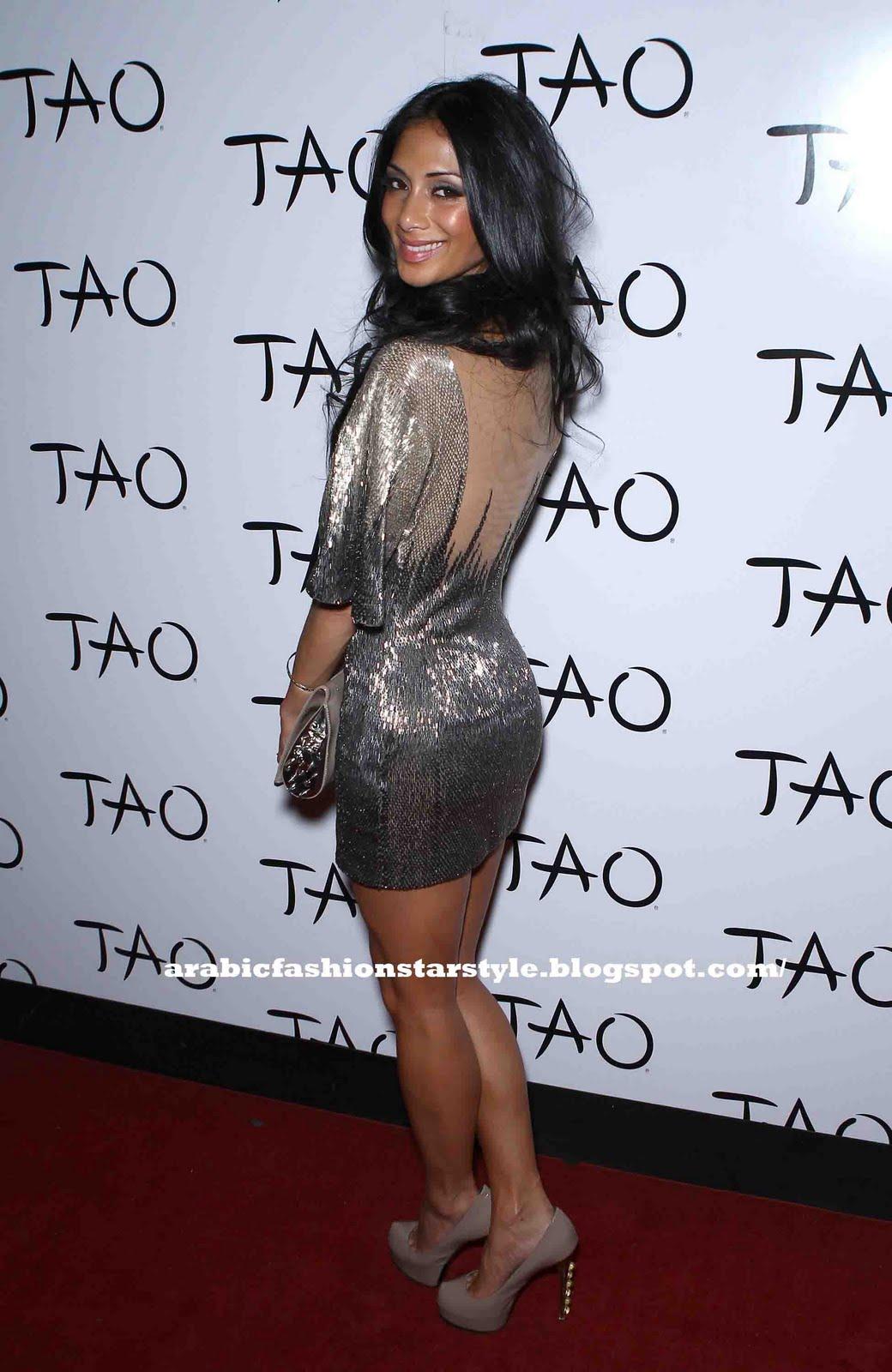 http://1.bp.blogspot.com/-WMitivtaW5s/Tgm13YjGOUI/AAAAAAAAAPs/DmTJGQv2xjI/s1600/06801_celebrity_paradise.com_TheElder_NicoleScherzinger2011_06_25_celebratesherbirthdayatTaoNightclubinLasVega8_122_373lo.jpg