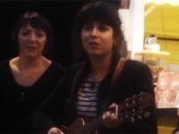 Laura Cahen en session acoustique