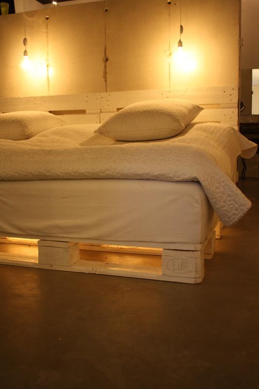 pallet+bed