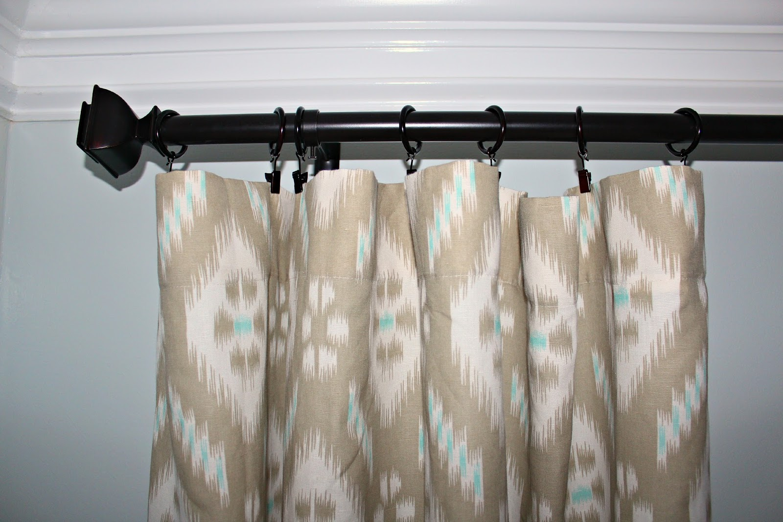 carolina on my mind dining room ikat curtains a big thanks to tal who graciously volunteered to hang the orb curtain rod for me