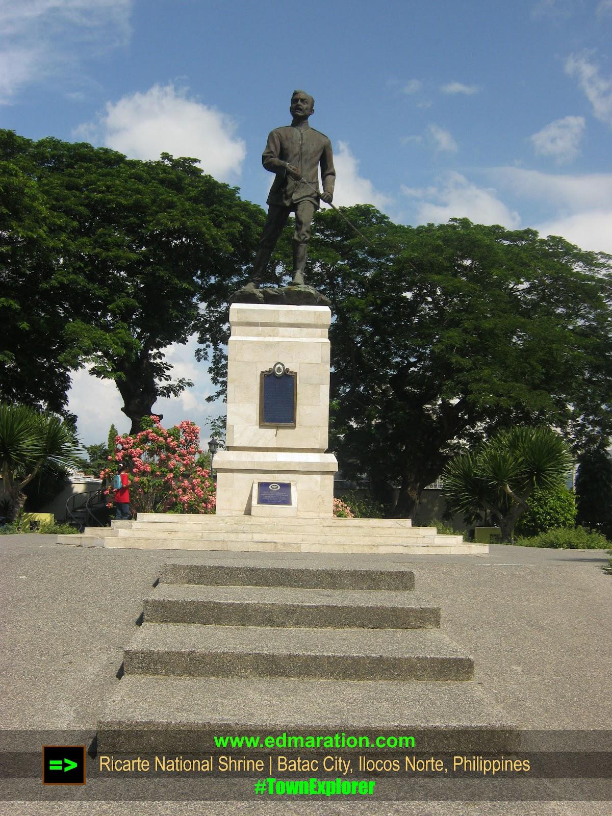Ricarte Statue