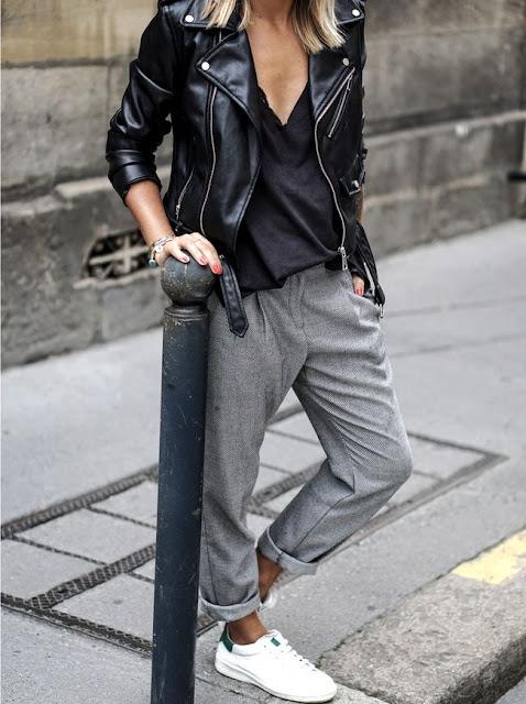 perfecto noir et pantalon gris