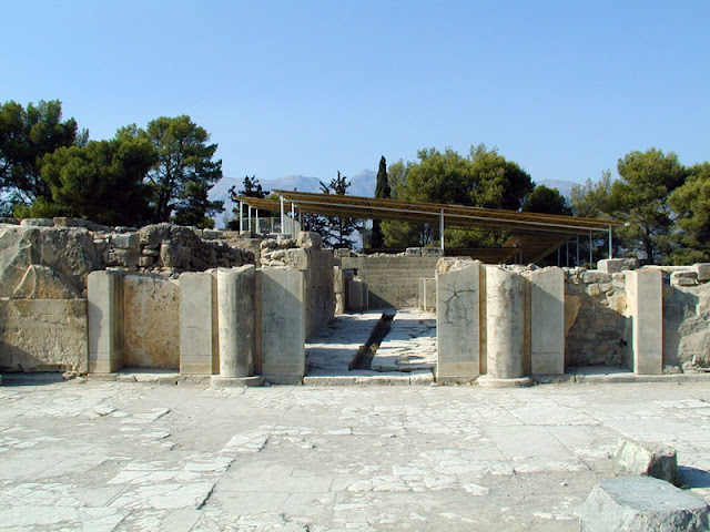 Phaestos palace (Festos) in Heraklion, Crete |Travel Greece Guide